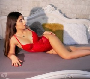 Haciba incall escort in Diamond Springs, CA