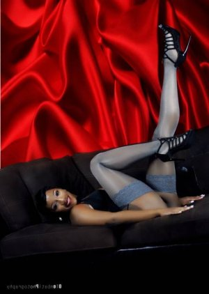 Margery independent escorts Lindale